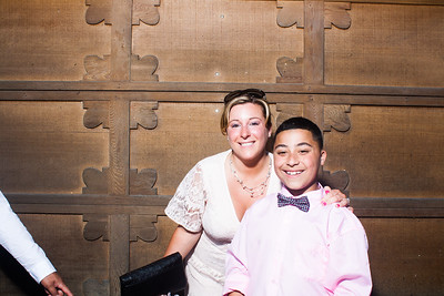 CaitlinChrisWeddingPhotobooth-0026