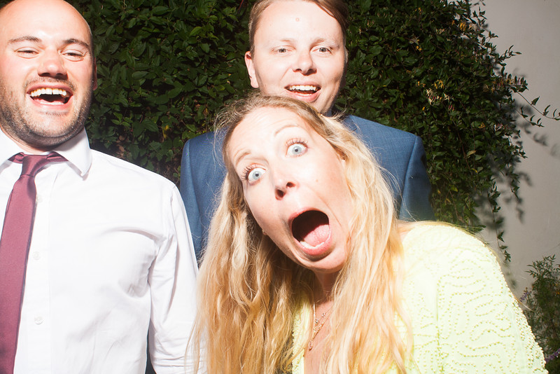 CaitlinChrisWeddingPhotobooth-0159