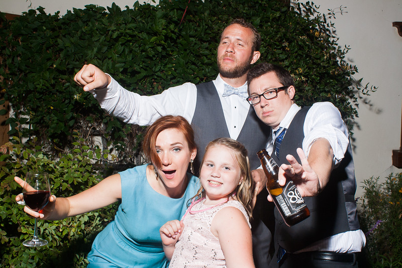 CaitlinChrisWeddingPhotobooth-0431