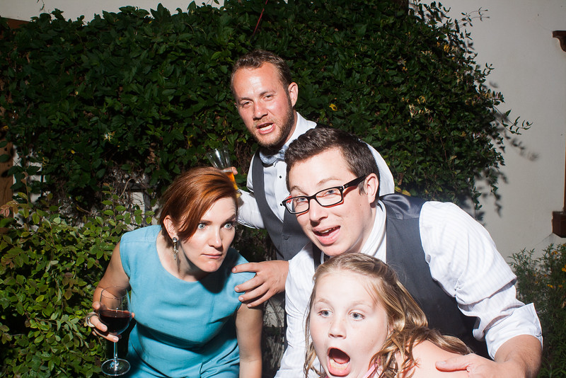 CaitlinChrisWeddingPhotobooth-0436