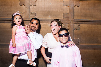 CaitlinChrisWeddingPhotobooth-0031