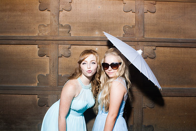 CaitlinChrisWeddingPhotobooth-0002