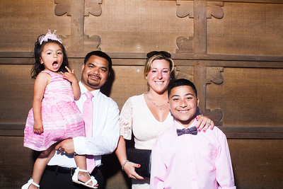 CaitlinChrisWeddingPhotobooth-0030