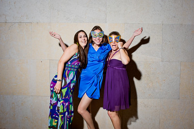 KateZacWeddingPhotobooth-0039