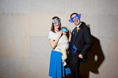 KateZacWeddingPhotobooth-0012
