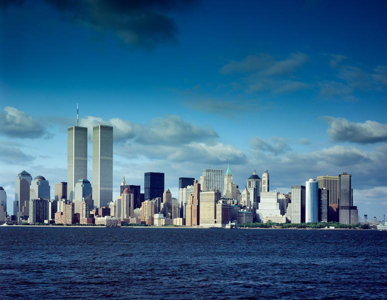 Trade Center Towers, New York Skyline, Pre-9/11[© Carol M. Highsmith]