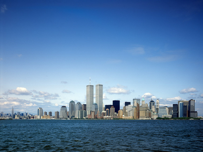 A view of lower Manhattan a month before the World Trade Center's Twin Towers in 2001.[© Carol M. Highsmith]