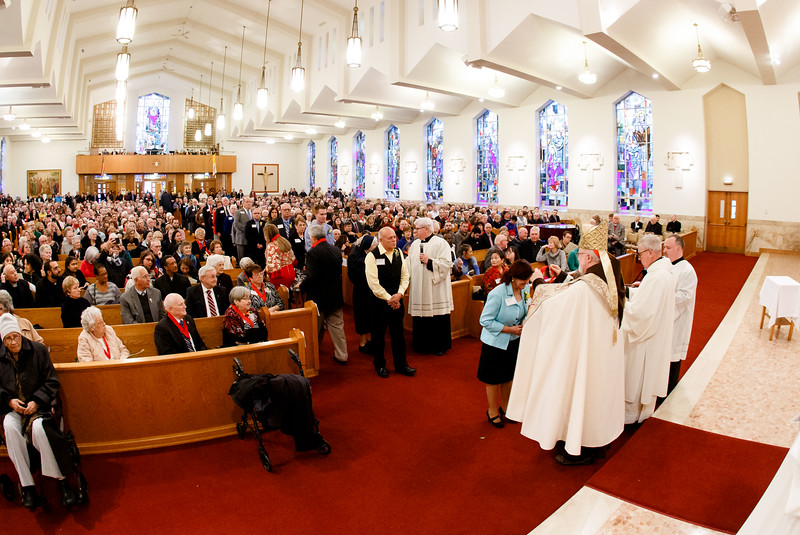 Cardinal Sean P. O'Malley presides at the 2018 Cheverus Award ceremony, Nov. 26 at Immaculate Conception Church in Malden.<br /> Pilot photo/ Gregory L. Tracy