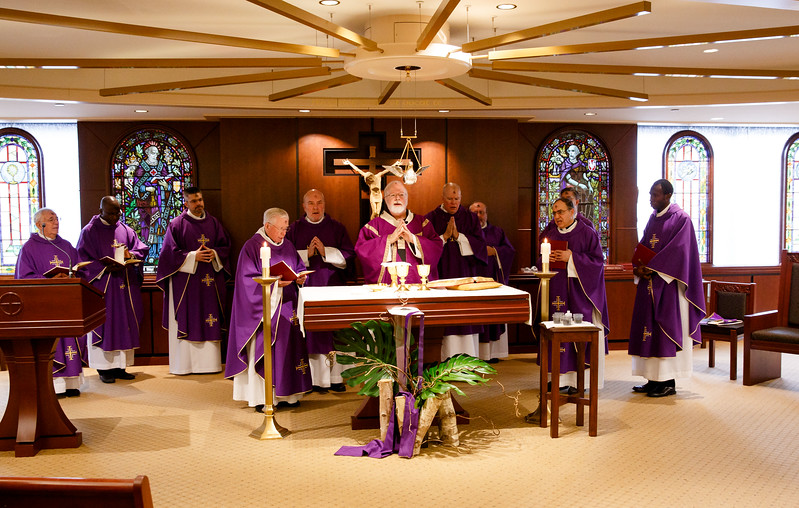 Cardinal Sean O'Malley celebrates Ash Wednesday Mass at the Archdiocese of Boston's Pastoral Center March 1, 2017.<br /> Pilot photo/ Gregory L. Tracy