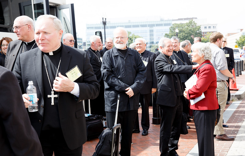 Cardinal Sean P. O'Malley joins U.S. Bishops departing by train from Union Station in Washington, D.C. for Philadelphia Sept. 24, 2015.<br /> Pilot photo/ Gregory L. Tracy