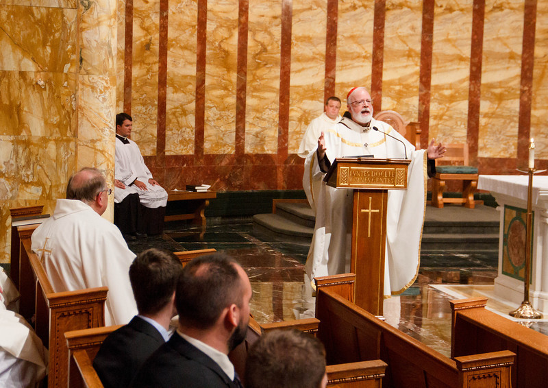 Cardinal Sean P. O'Malley celebrates Mass Sept. 7, 2013 to conclude a 5-hour prayer vigil for peace at St. John's Seminary in Brighton, Mass. The vigil was held in response to Pope Francis's call for a day of fasting and prayer for peace in Syria and the Middle East.<br /> Pilot photo/ Christopher S. Pineo