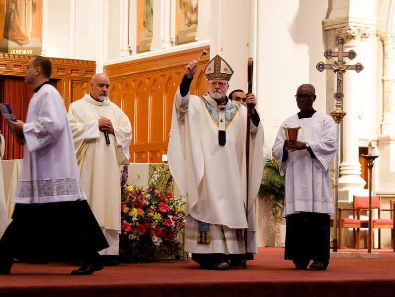 First Communions celebrated at the Cathedral of the Holy Cross, May 7, 2017. Pilot photo by Mark Labbe