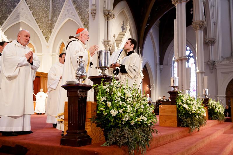 CARDINAL O'MALLEY CELEBRATES 2017 CHRISM MASS