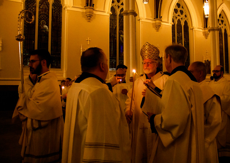Cardinal Sean P. O'Malley celebrates the Easter Vigil at the Cathedral of the Holy Cross April 20, 2019.<br /> Pilot photo/ Jacqueline Tetrault