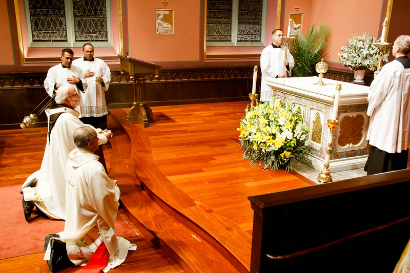 Cardinal O'Malley celebrates the Mass of the Last Supper, Holy Thursday April 13, 2017 at the Cathedral of the Holy Cross.<br /> Pilot photo/ Mark Labbe