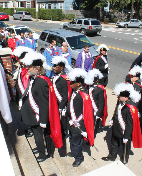Fourth Degree Knights of Columbus leads the procession into St. Ann Church in Dorchester for the  Sept. 7, 2014 Installation Mass for new state officers.<br /> Pilot photo/ Patrick E. O'Connor