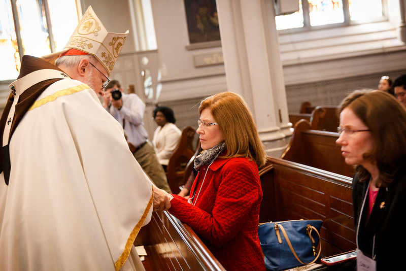 Cardinal O'Malley celebrates the Jubilee Pilgrimage and Mass for the Sick and their Caregivers Sunday, April 24, 2016 at the Cathedral of the Holy Cross in Boston.  (Pilot photo/ Gregory L. Tracy)