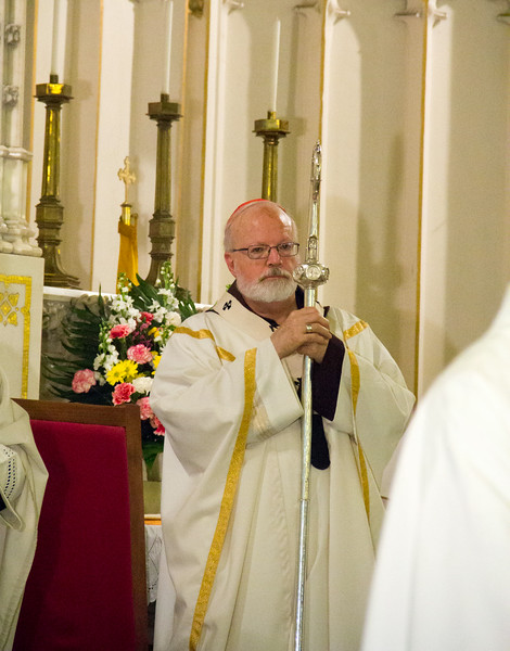 Cardinal Sean P. O'Malley and Cardinal Francis Arinze, who is from Nigeria, celebrate a Mass to mark the 25th anniversary of the Nigerian Catholic Community in the Archdiocese of Boston at St. Katharine Drexel Parish in Dorchester July 26, 2014. (Pilot photo/Christopher S. Pineo)