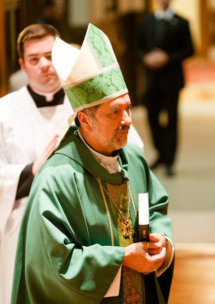 Newly installed Bishop of Fall River Bishop Edgar Moreira da Cunha was the principal celebrant  and keynote speaker at the annual Boston Area Mass and Dinner of the Order of Malta at St. John's Seminary, Oct. 9, 2014. <br /> Pilot photo/ Gregory L. Tracy