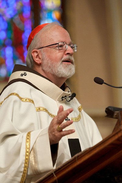 Cardinal Seán P. O'Malley celebrates the opening Mass of Quincy Catholic Academy at Sacred Heart Church Sept. 8, 2010. Following the Mass, Cardinal O'Malley was given a tour of the school's facilities by principal Catherine Cameron.<br /> Photo by Gregory L. Tracy/ The Pilot