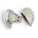 USB 8BG Digital Memory Heart