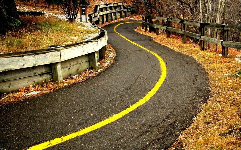 Winding Road by Gem21