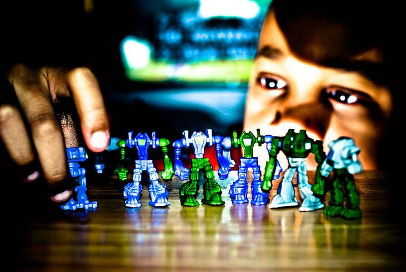 "<a href=""http://www.photographycorner.com/forum/showthread.php?t=83154"">Plastic Troops</a> by <a href=""http://www.photographycorner.com/forum/member.php?u=10392"">BEEZY40</a>"