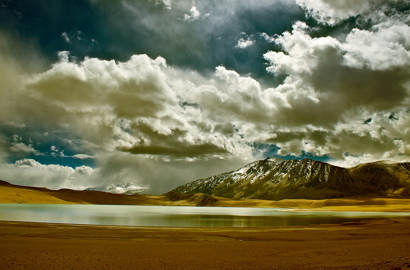 "<a href=""http://www.photographycorner.com/forum/showthread.php?t=88068"">Lake Little Tso Morari</a> by <a href=""http://www.photographycorner.com/forum/member.php?u=14146"">soumen</a>  THE <a href=""http://www.photographycorner.com/photograph-of-the-month/2009/11/lake-little-tso-moriri"">NOVEMBER 2009 PHOTOGRAPH OF THE MONTH</a> WINNING PHOTOGRAPH"