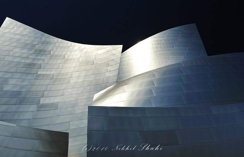 "<a href=""http://www.photographycorner.com/forum/showthread.php?t=90777"">Disney Center, Los Angeles</a> by <a href=""http://www.photographycorner.com/forum/member.php?u=12301"">shniks</a>"