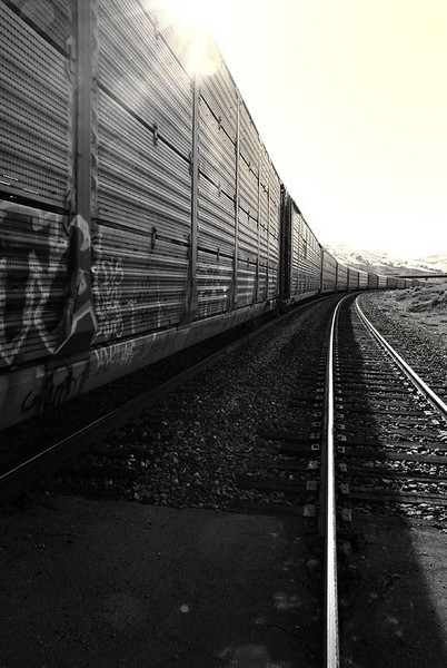 """<a href=""""http://www.photographycorner.com/forum/showthread.php?t=90816"""">West by Rail</a> by <a href=""""http://www.photographycorner.com/forum/member.php?u=15616"""">Starman56</a>"""