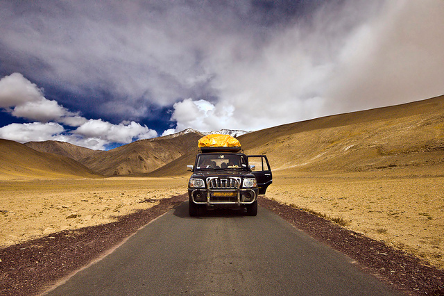 """<a href=""""http://www.photographycorner.com/forum/showthread.php?t=99466"""">Way to Ladakh</a> by <a href=""""http://www.photographycorner.com/forum/member.php?u=14146"""">soumen</a>"""