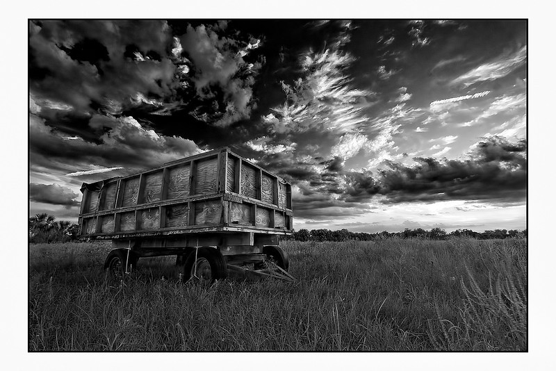 "<a href=""http://www.photographycorner.com/forum/showthread.php?t=99805"">Old Citrus Wagon on a HOT Summer Night</a> by <a href=""http://www.photographycorner.com/forum/member.php?u=12688"">jaharris1001</a>  <font size=""+2"">WINNER of the <a href=""http://www.photographycorner.com/photograph-of-the-month/2011/08/old-citrus-wagon-on-a-hot-summer-night"">August 2011 Photograph of the Month</a> contest.</font>"