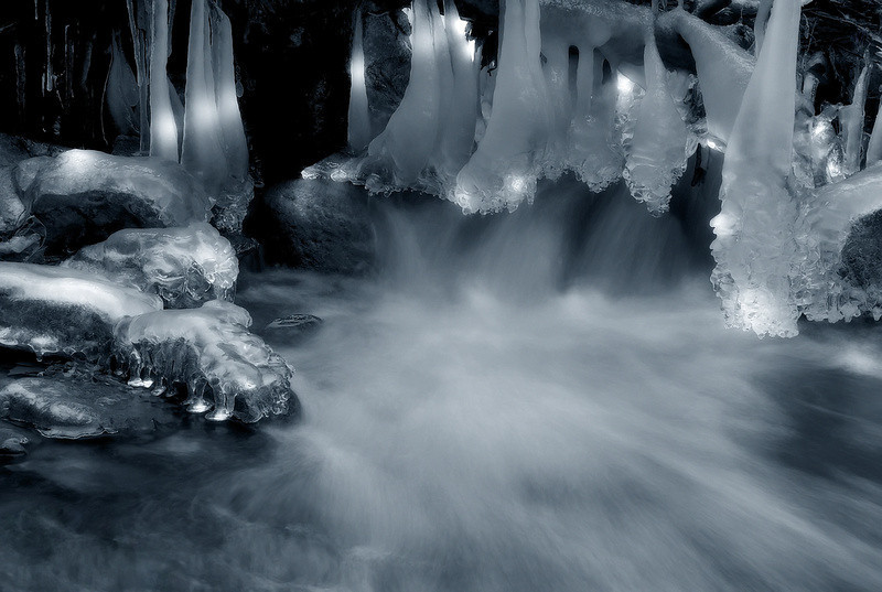 """<a href=""""http://www.photographycorner.com/forum/showthread.php?t=95850"""">Icicle Creek</a> by <a href=""""http://www.photographycorner.com/forum/member.php?u=19193"""">Dwayne Oakes</a>"""