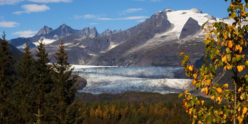 """<a href=""""http://www.photographycorner.com/galleries/showphoto.php/photo/39810"""">Mendenhall Fall</a> by <a href=""""http://www.photographycorner.com/forum/member.php?u=19285"""">Michael Dobson</a>"""
