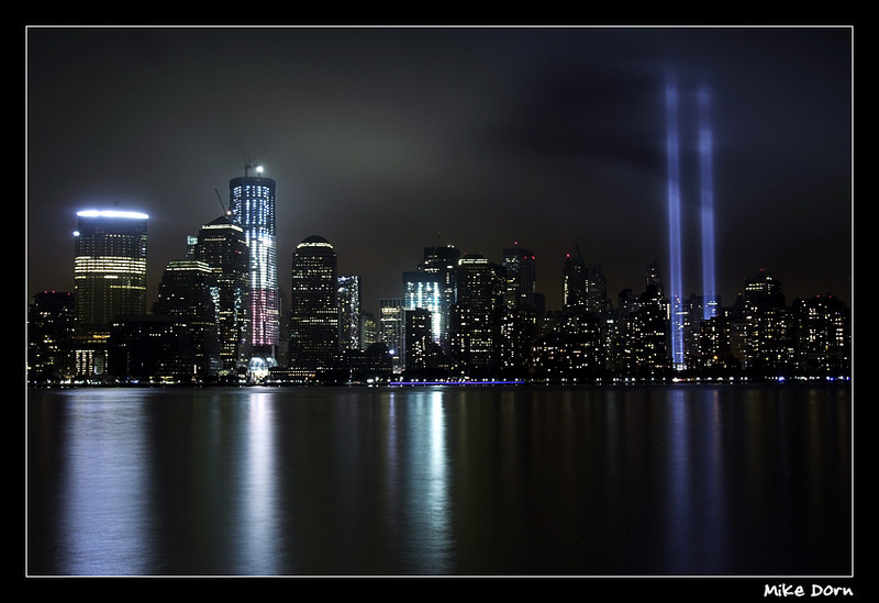 """<a href=""""http://www.photographycorner.com/forum/showthread.php?t=100740"""">WTC Memorial Lights</a> by <a href=""""http://www.photographycorner.com/forum/member.php?u=3683"""">Strutter</a>"""
