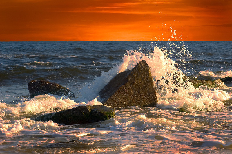 "<a href=""http://www.photographycorner.com/forum/showthread.php?t=103535"">Breakers, Orange Beach, Alabama</a> by <a href=""http://www.photographycorner.com/forum/member.php?u=21022"">pixeldawg</a>"