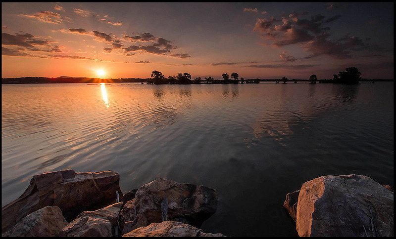 """<a href=""""http://www.photographycorner.com/forum/showthread.php?t=105122"""">E-M5 Pano, Lake Weiss</a> by <a href=""""http://www.photographycorner.com/forum/member.php?u=9463"""">cosmonaut</a>"""