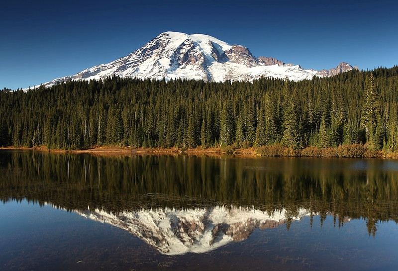 "<a href=""http://www.photographycorner.com/forum/showthread.php?t=111728"">Last Hurrah (Reflection Lake)</a> by <a href=""http://www.photographycorner.com/forum/member.php?u=20054"">Russ</a>   <font size=""+2"">WINNER of the <a href=""http://www.photographycorner.com/photograph-of-the-month/2013/12/last-hurrah-reflection-lake"">December 2013 Photograph of the Month</a> contest.</font>"