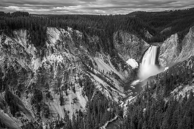 "<a href=""http://www.photographycorner.com/forum/showthread.php?t=109665"">Lower Falls of Yellowstone</a> by <a href=""http://www.photographycorner.com/forum/member.php?u=298"">gareth12468</a>"