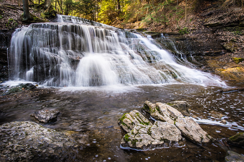 """<a href=""""http://www.photographycorner.com/forum/showthread.php?t=109300"""">Hell's Hollow Falls</a> by <a href=""""http://www.photographycorner.com/forum/member.php?u=20090"""">anjin_nav</a>"""