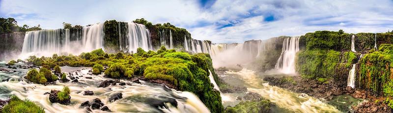 """<a href=""""http://www.photographycorner.com/forum/showthread.php?t=108411"""">Iguazu Falls</a> by <a href=""""http://www.photographycorner.com/forum/member.php?u=7604"""">Sabobros</a>"""