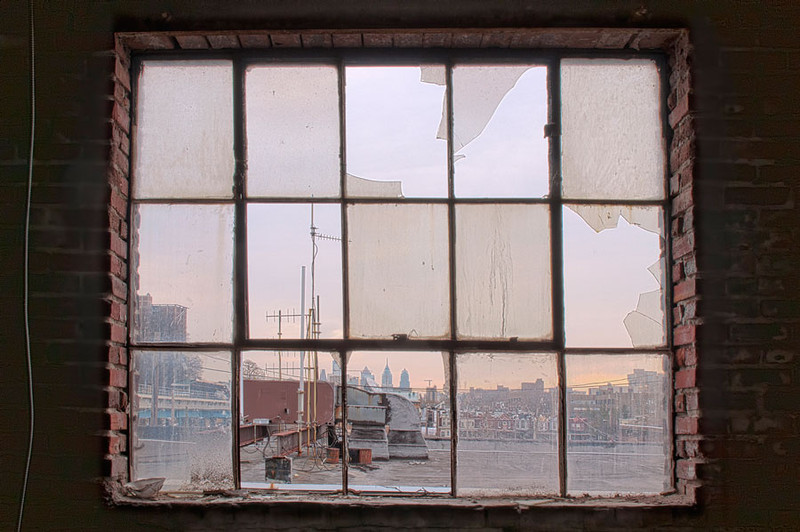 "<a href=""http://www.photographycorner.com/premiere-membership"">Broken Glass (Premiere Project #178 Winner)</a> by <a href=""http://www.photographycorner.com/forum/member.php?u=20091"">mrchile</a>"