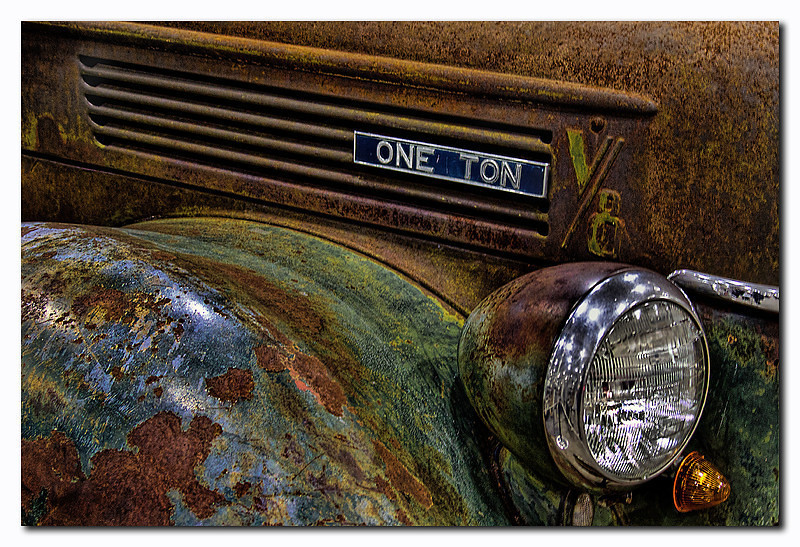 """<a href=""""http://www.photographycorner.com/premiere-membership"""">One Ton (Premiere Project #177 Winner)</a> by <a href=""""http://www.photographycorner.com/forum/member.php?u=3565"""">Spicoli</a>"""