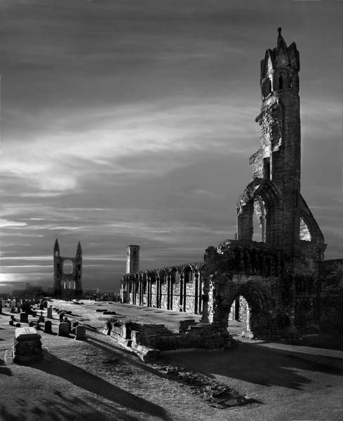 """Round 1, Group XIII Winner Cathedral Morning by <a href=""""http://www.photographycorner.com/forum/member.php?u=8843"""">ges</a>"""