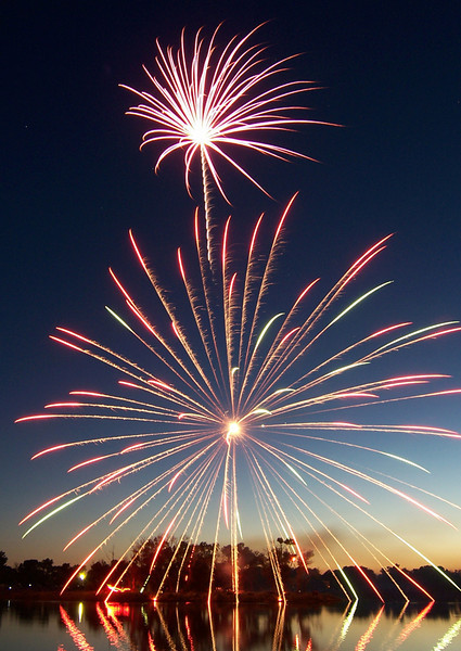 "Round 1, Group B Winner Ground Pounding Pyrotechnics by <a href=""http://www.photographycorner.com/forum/member.php?u=4973"">SevereIdaho</a>"