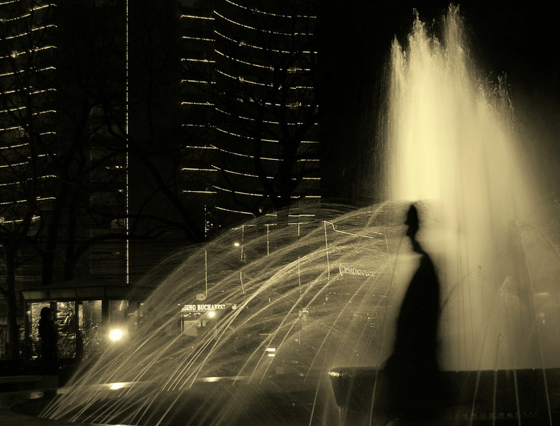 """Urban Shadow by <a href=""""http://www.photographycorner.com/forum/member.php?u=10956"""">maadi</a>   Check out the <a href=""""http://www.photographycorner.com/forum/showthread.php?t=81071"""">final voting results for Round 1, Group E</a> of the <a href=""""http://www.photographycorner.com/2008-photograph-of-the-year"""">2008 Photograph of the Year Contest</a> to find out where this photograph placed.  Also make sure to check out the <b><a href=""""http://photographycorner.smugmug.com/gallery/7169189_ALAW4"""">top 20 finalists</a></b> from the <a href=""""http://www.photographycorner.com/2008-photograph-of-the-year"""">PhotographyCorner.com 2008 Photograph of the Year</a> contest!"""