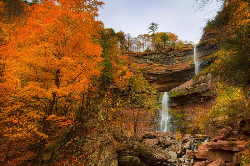 "Autumn Rocks! by <a href=""http://www.photographycorner.com/forum/member.php?u=9096"">nrshapiro</a>"