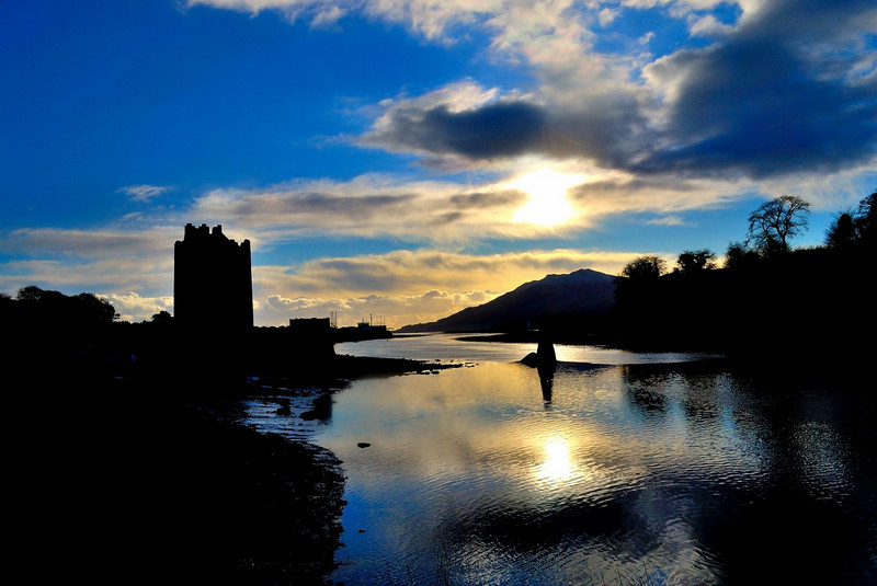 "Narrow Water Keep by conrad madden  <a href=""http://www.photographycorner.com/forum/showthread.php?t=96312"">See the Round 1 Voting Results here</a>"