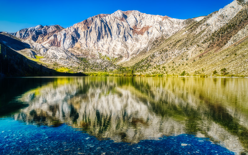 Laurel Mountain and Convict Lake in the morning sun