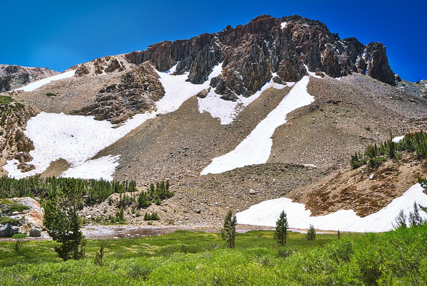 One of the shoulders of Camiaca Peak